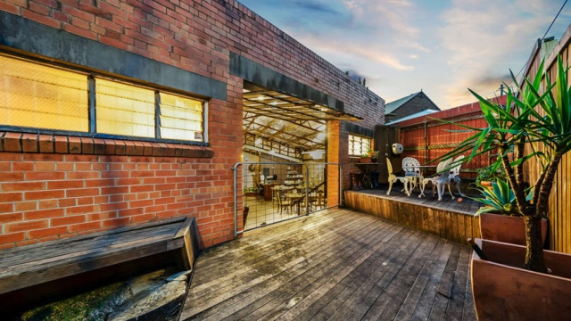 This Old Warehouse Is Worth $1.23M. Let's See Why