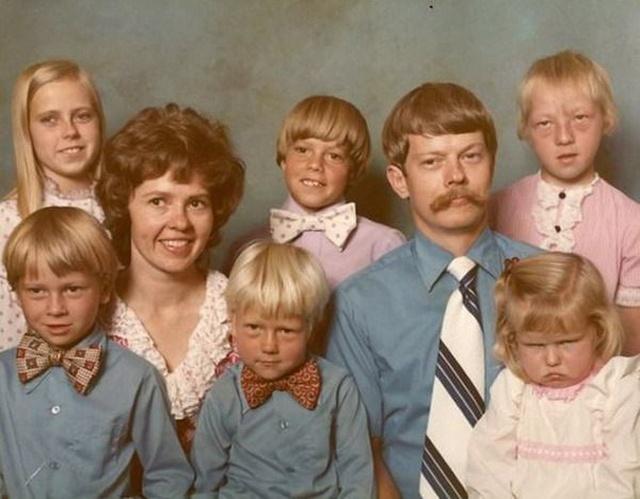"""Résultat de recherche d'images pour """"awkward family"""""""