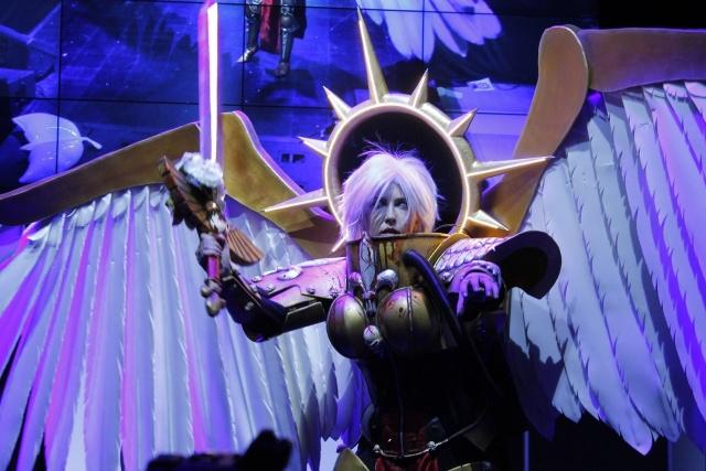 Stunning Celestine Cosplay from Warhammer 40,000, part 40000