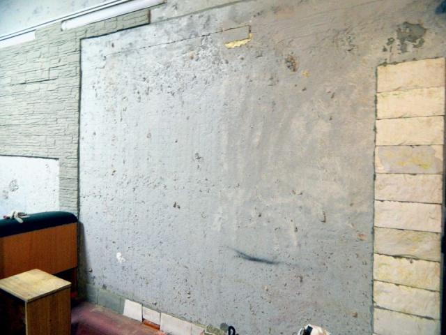DIY World Map In A Garage