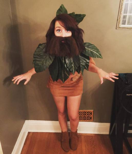 These Girls Have The Best Idea For Halloween Costumes