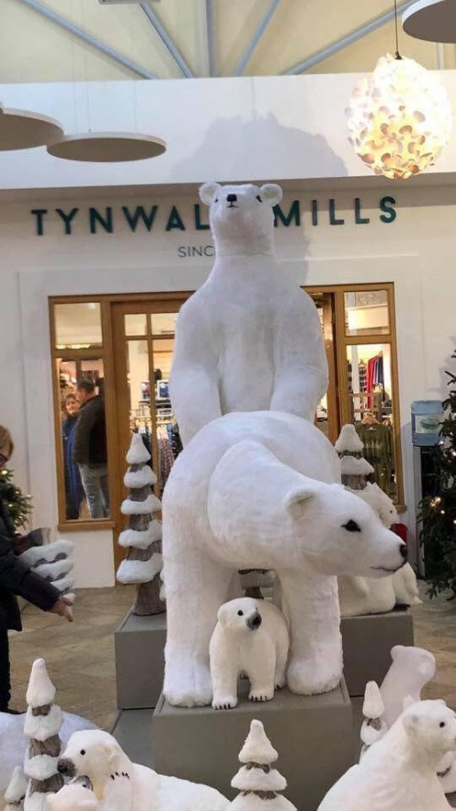 Christmas In A Shopping Mall, The Isle of Man