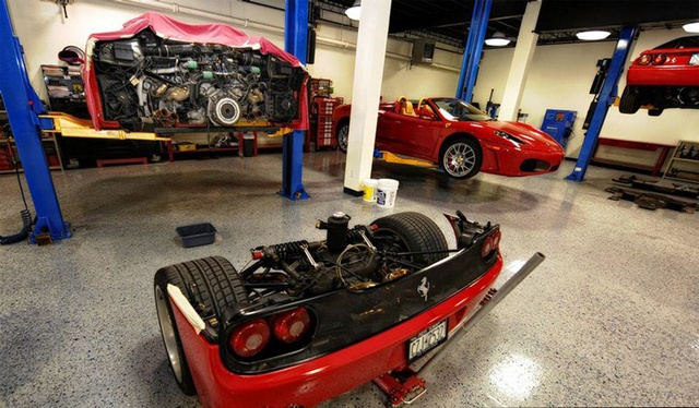 Changing The Clutch On A Ferrari F50