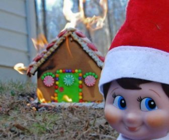 """Some Perfect """"Elf On The Shelf"""" Placement Ideas"""