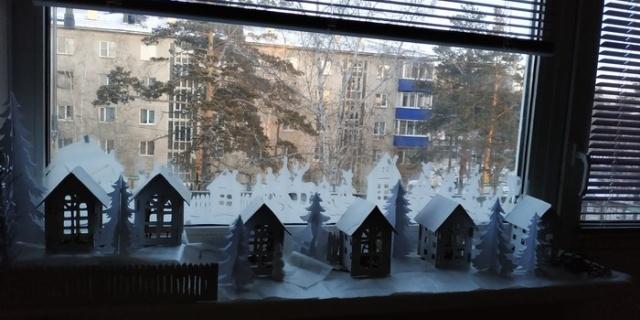 Easy DIY Christmas Decoration Idea