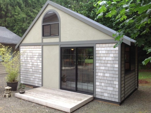 A Tiny House Which Has All You Need Inside IT