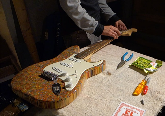 Guy Spends $500 To Build A Custom Guitar Out Of 1,200 Pencils