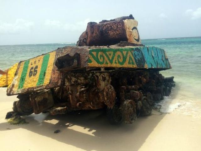 Painted Tanks At Flamenco Beach
