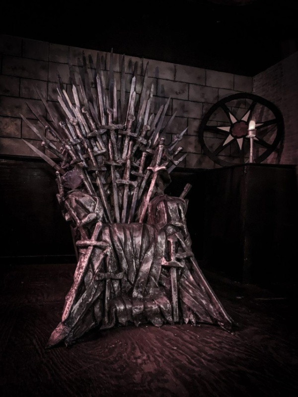 A New 'Game of Thrones' Pop Up Bar Is Coming To Chicago