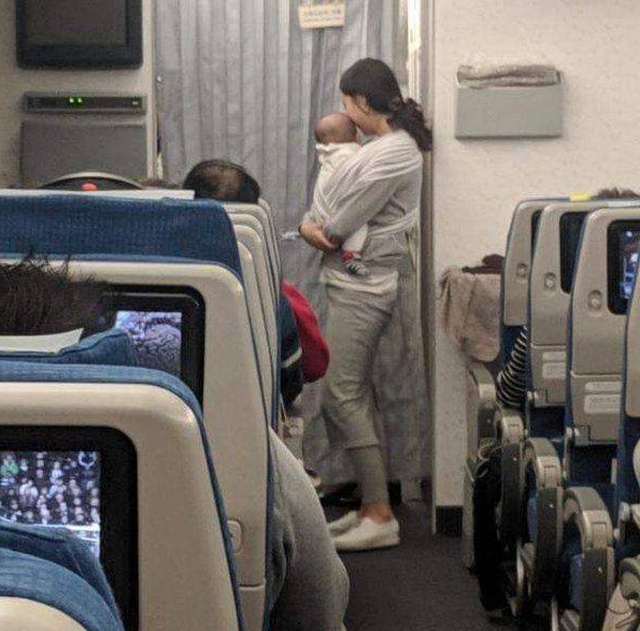 This Mom Is Awesome. Apology to Passengers