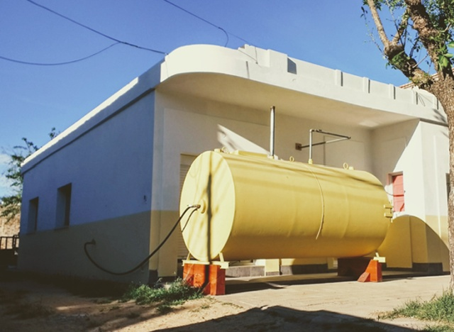 Architect Martín Marro Builds Cozy Home Inside The Real Oil Tank