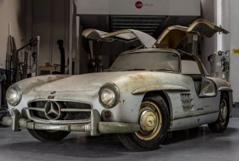 Mercedes-Benz Found In A Barn