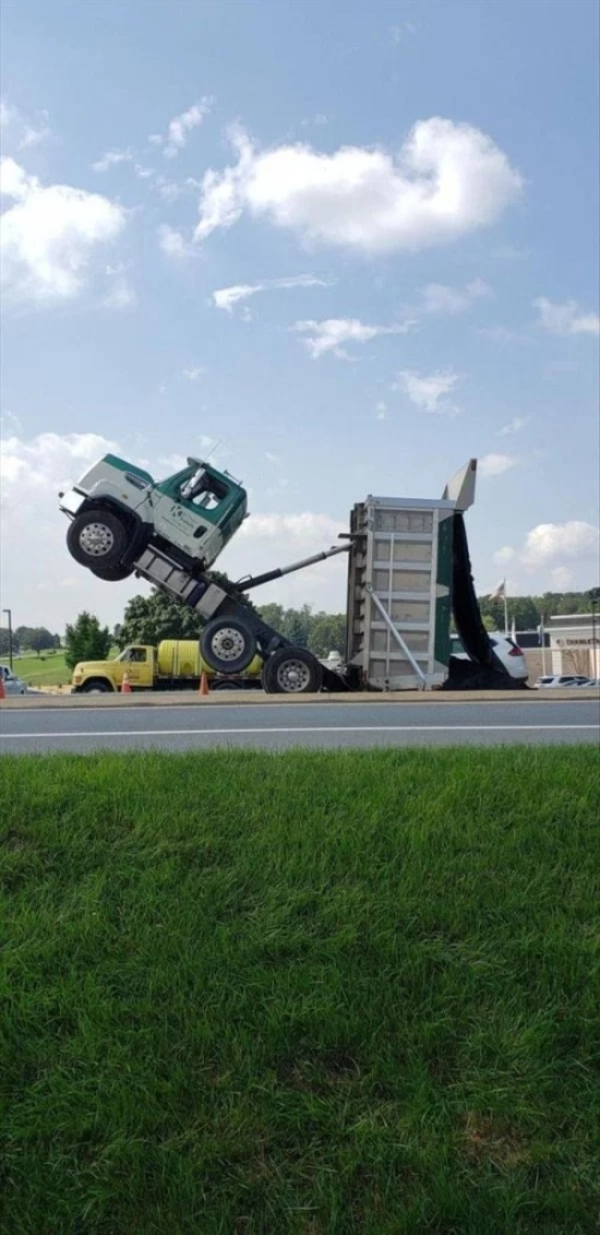 Strange Car Accidents, part 4