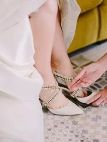 Bride Finds Secret Message From Her Dying Mum On Her Wedding Shoes