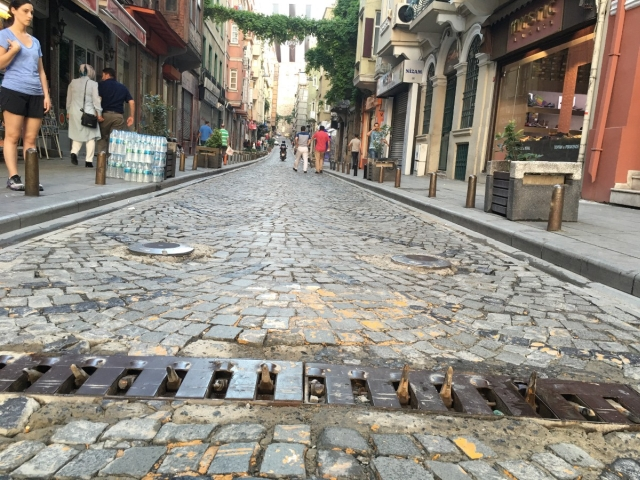 One-Way Streets In Istanbul Enforced With Rental Car Spikes