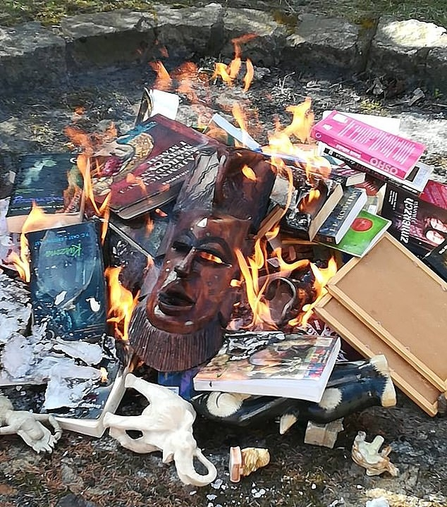 Catholic Priests Burn 'Sacrilegious' Harry Potter Books And Twilight Novels In Poland