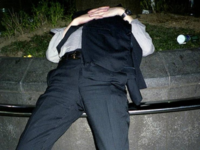 Japanese Businessmen Sleeping On The Streets Are A Testament To Japan's Strict Work Culture