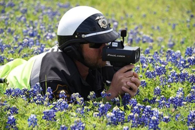 Texas Police In A New Bluebonnet Challenge
