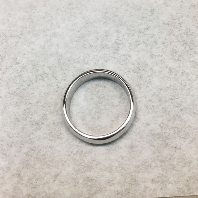 Man Brings A Completely Smashed Wedding Ring, And Asks To Remake It As Accurately As Possible