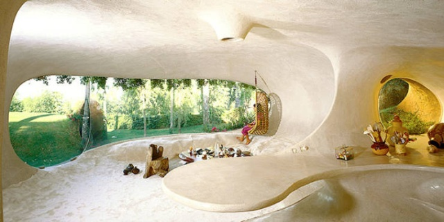 Awesome Hobbit House