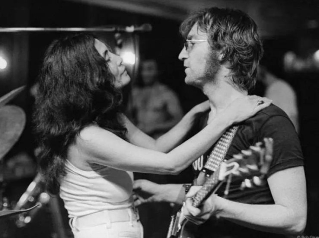 Morrison Hotel Gallery Shares Rare Images Of Celebrities From Their Private Collection