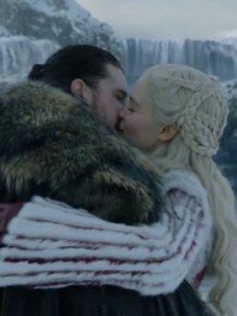 Game of Thrones' Kit Harington Gags After Kissing Emilia Clarke