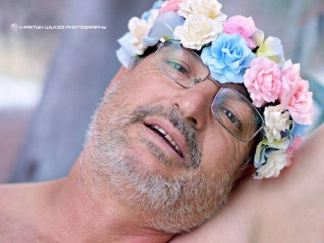Dad Creates a Springtime Pregnancy Photoshoot Parody