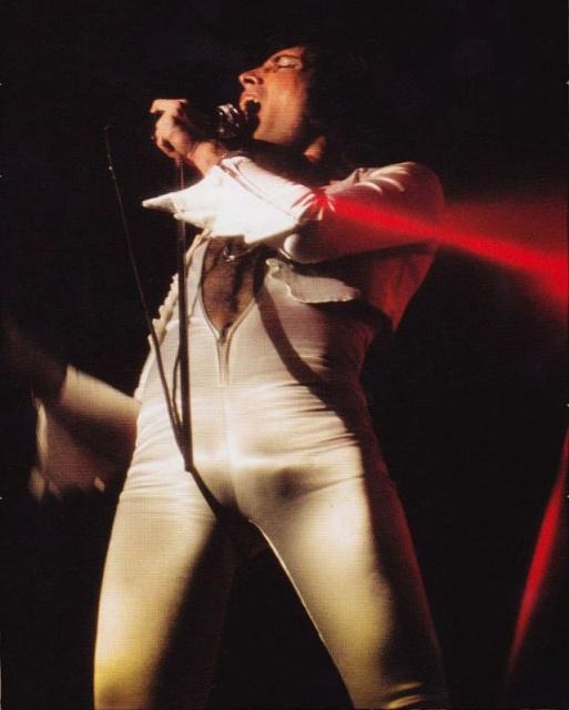 Photos Of Freddie Mercury on Stage
