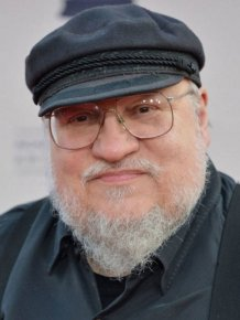 "George R.R. Martin Talks About Final ""Game Of Thrones"" Books On His Blog"