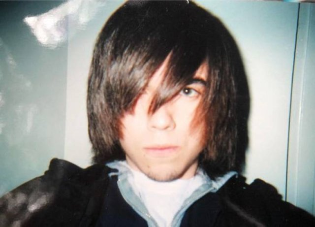 People Share their Awkward Teenage Photos