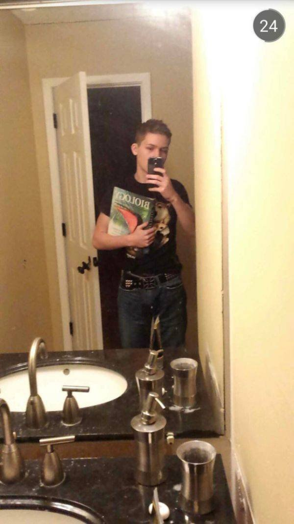 People Share their Awkward Teenage Photos