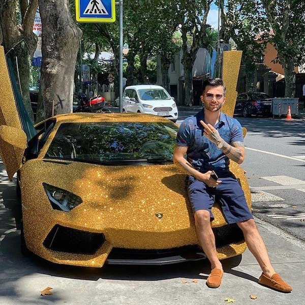 Rich Kids of the Internet
