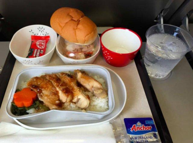Business Class Food Vs. Economy Class Food