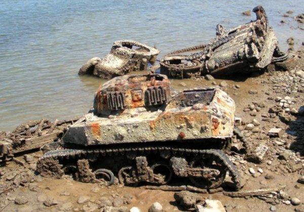 Old Destroyed Tanks
