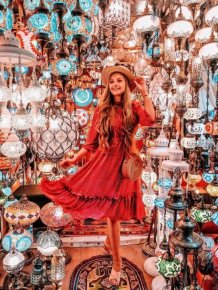 Tourist Sights On Instagram Vs Reality