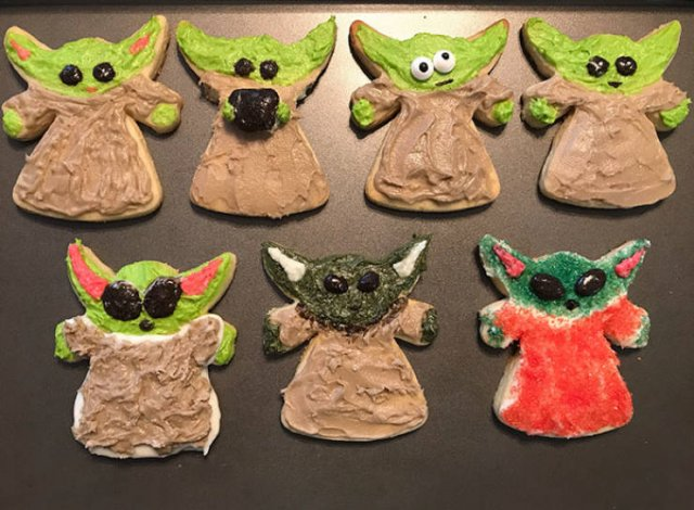 Twitter Reacts On The Newest Baby Yoda Cookies