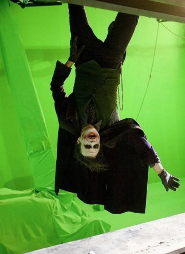 Behind-The-Scenes Photos From Famous Movies, part 2