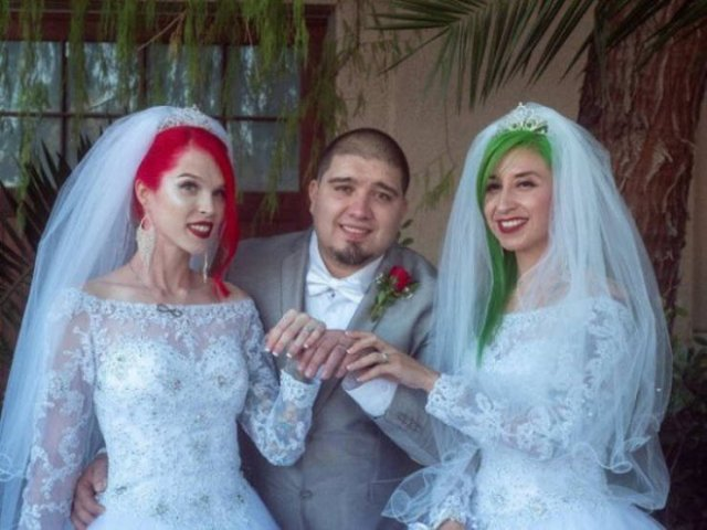 This American Guy Has Two Wives