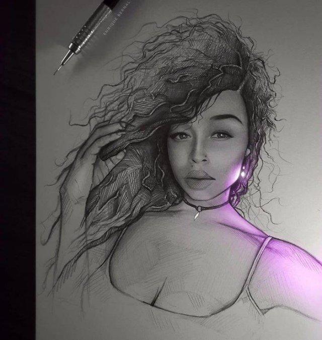 Glowing Art By Enrique Bernal