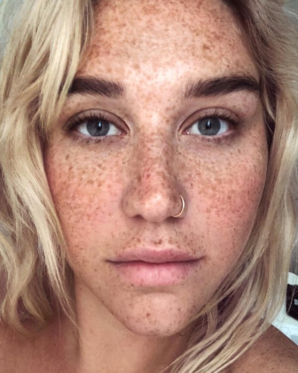 Celebrities Without Makeup, part 6