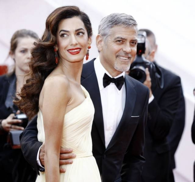 Celebrity Men And Their Beautiful Wives