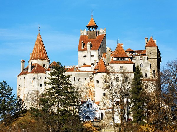 Beautiful Castles To Dream About Visiting This Summer
