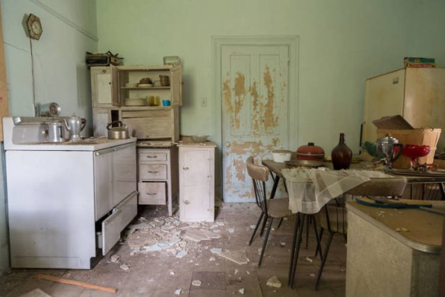 Abandoned Confederate Colonel's House