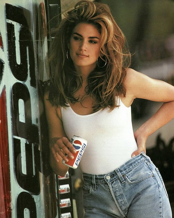 Hot Actresses From '80s And '90s