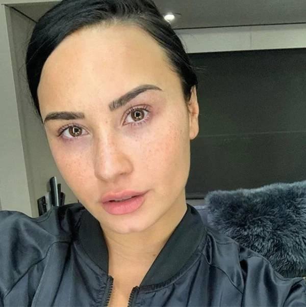 Celebrities Without Makeup, part 9
