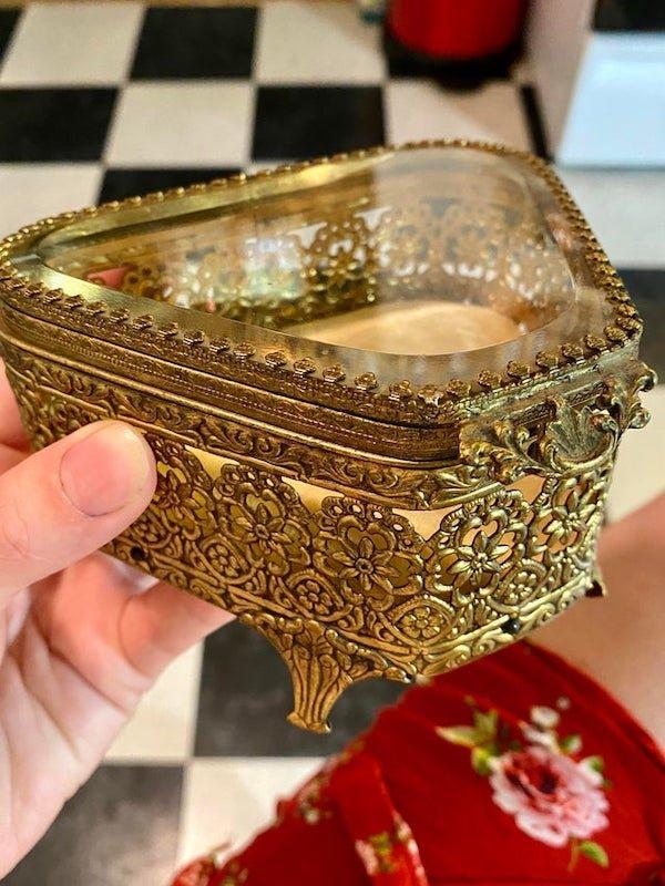 Cheat Thrift Shop Treasures