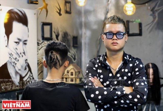 This Vietnamese Hair Stylist Creates Real Art On Client's Heads