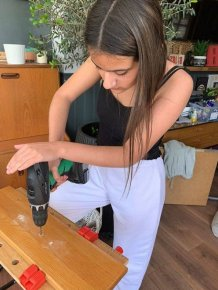 12-Year-Old Girl Redecorated Her Family's Home In One Week