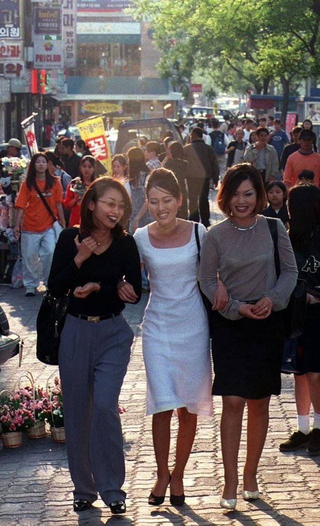Korean Street Style In 90's