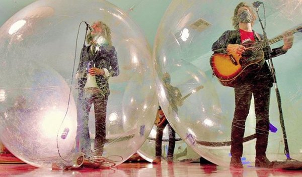 'The Flaming Lips': Bubble Concert